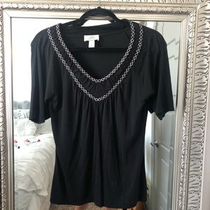 Black top with quarter sleeves